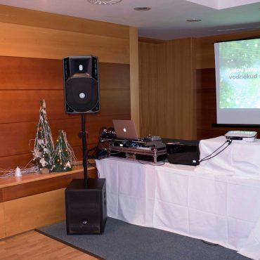 karaoke-firemna-akcia-dj-poprad-tatry-8